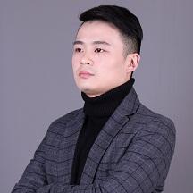 设计师-何鑫
